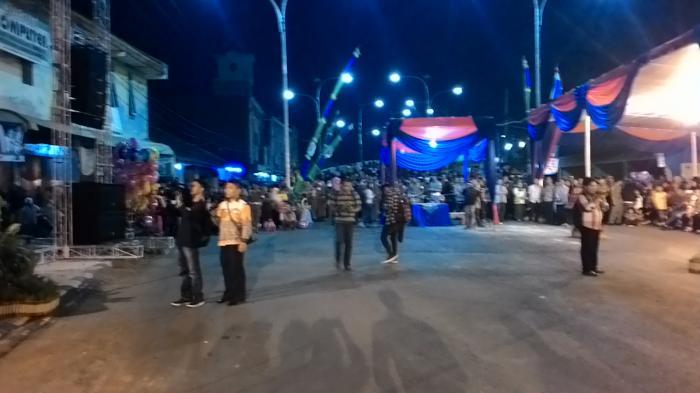 Masyarakat Padati Area Peresmian Flyover Ki Maja-Ratu Dibalau
