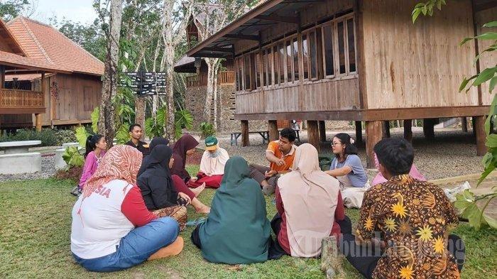 Kisah Pendamping Guru Penggerak Nenemo Tubaba Cerdas, Renti Rela Lepas Karir di Bangkok
