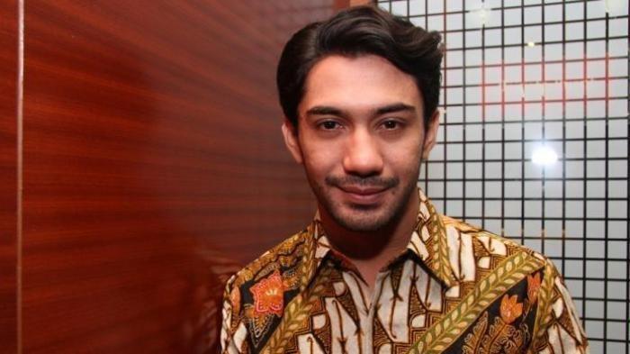 Kisah Reza Rahadian Memulai Karier, Pernah Ditolak karena Dianggap Tak Menjual