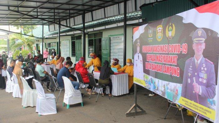 Kodim 0410/KBL Gelar Vaksinasi Covid 19 Bagi Masyarakat di Halaman Makodim
