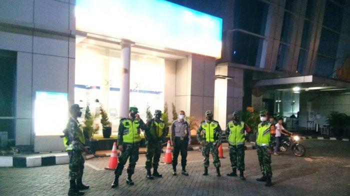 Serma Hermanto Pimpin Patroli Keamanan dan Ketertiban Masyarakat pada Malam Hari