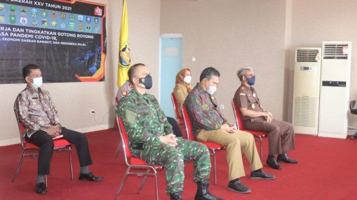 Kolonel Inf Romas Herlandes Hadiri Acara Peringatan Hari Otonomi Daerah XXV Tahun 2021