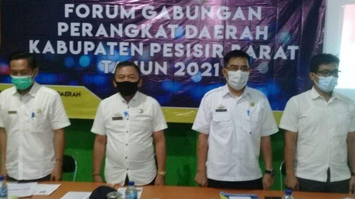 Gabungan Perangkat Daerah Pesisir Barat Gelar Rapat Pemantapan Rancangan Awal RKPD Tahun 2022