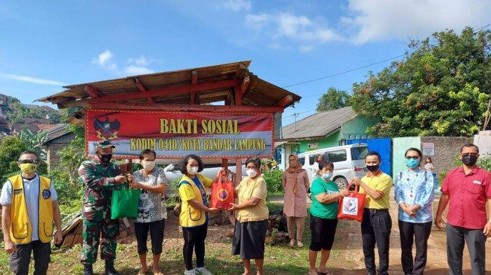 Koramil 410-05/TKP dan Lions Club Bandar Lampung Gelar Bakti Sosial di Jalan Abdul Muthalib