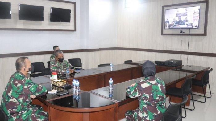 Dandim 0410/KBL Kolonel Inf Romas Herlandes Ikuti Video Conference Rapat Koordinasi Garuda Shield