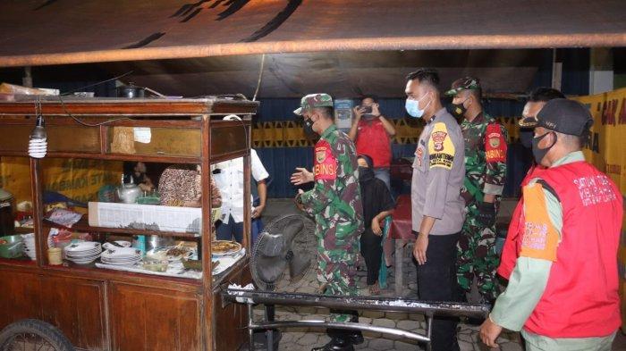Penerapan PPKM Darurat, Koramil 410-04/TKT Gencar Patroli Hinggal Malam Hari