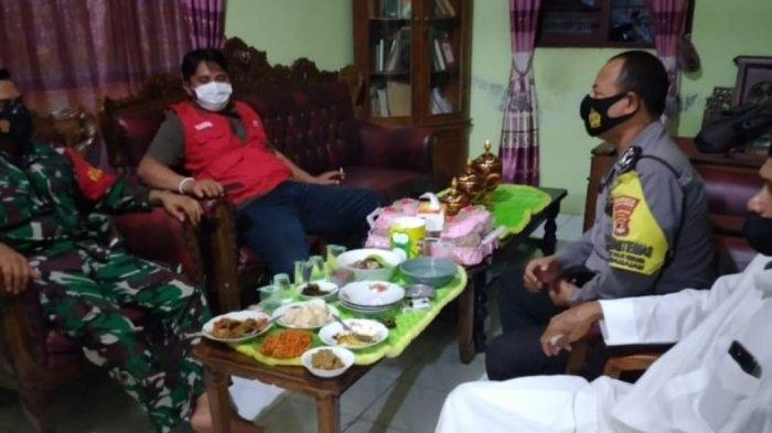 Komsos TNI, Babinsa Koramil 410-04/TKT Lakukan Pertemuan dengan Tokoh Agama di WIlayah Binaan