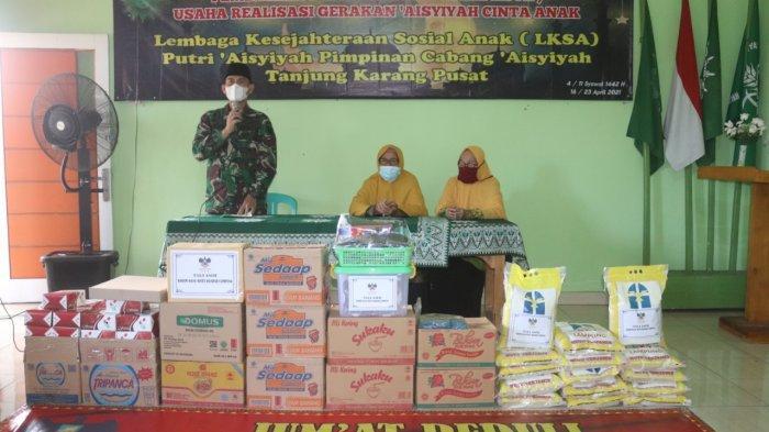 Jumat Peduli TNI, Kolonel Inf Romas Herlandes Berikan Bantuan ke Panti asuhan Aisyiyah