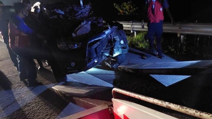 Mobil Dinas Wakapolres Lampung Utara Kecelakaan, Polisi Lihat CCTV Tol Cari Keberadaan Truk Boks