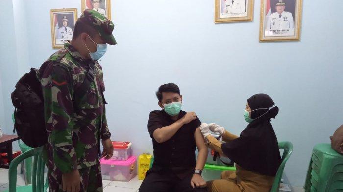 Koptu Ngadirin Pantau Kegiatan Vaksinasi Covid 19 di Puskesmas Kampung Sawah