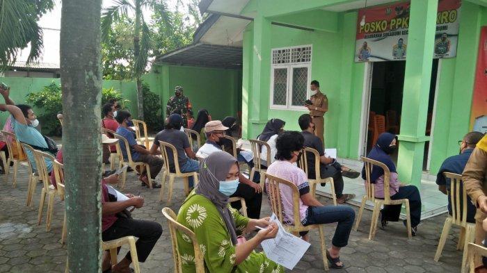 Babinsa Koramil 410-01/Panjang Tinjau Pelaksanaan Gebyar Vaksin Covid di Kelurahan Sukabumi