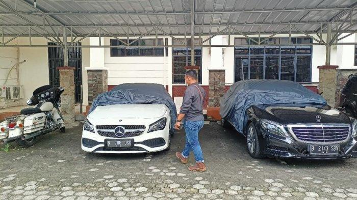 KPK Lelang 2 Mercedes Benz dan Harley Davidson Milik Mantan Bupati Lampung Selatan
