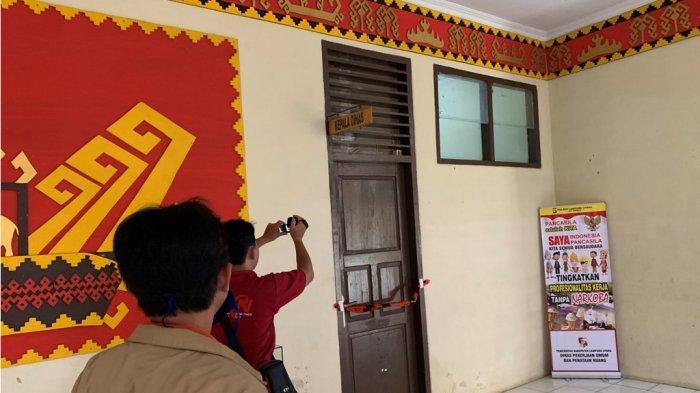 BREAKING NEWS - Ini 4 Ruangan di Pemkab Lampung Utara yang Disegel KPK