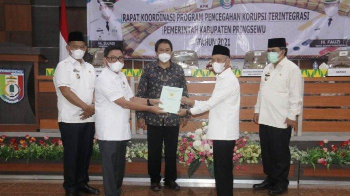 Bupati Pringsewu Lampung Sujadi Minta Masukan dan Saran KPK