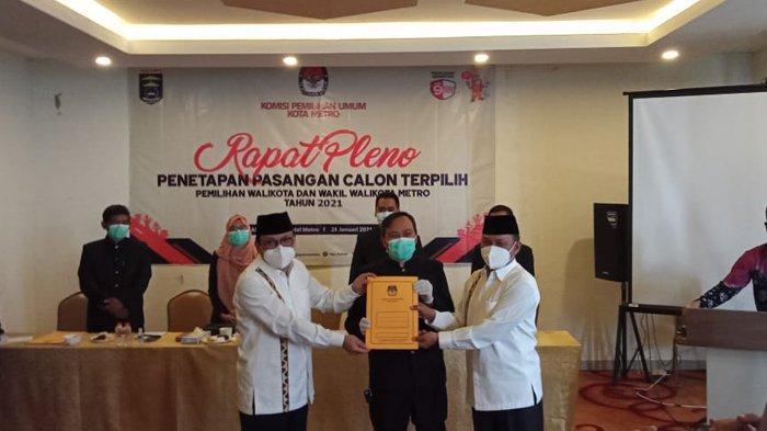 KPU Kota Metro Tetapkan Wahdi-Qomaru Sebagai Wali Kota dan Wakil Terpilih