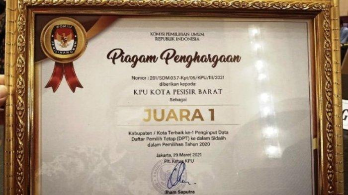 KPU Pesisir Barat Sabet Juara 1 Penginputan DPT Terbaik dari KPU RI