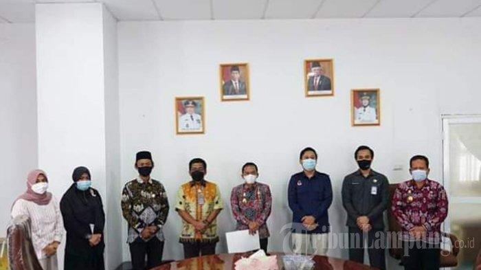 KPU Serahkan Berita Acara Penetapan Paslon Terpilih Hasil Pilkada Lampung Tengah 2020