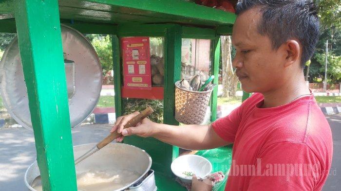 Kuliner Lampung, Bakso Cin di Unila, Harga Mulai Rp 15 Ribu hingga Rp 25 Ribu