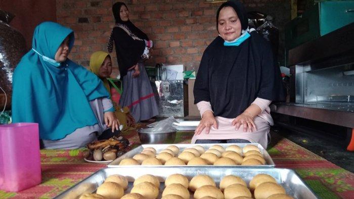 Kuliner Lampung, Gawati Sekincau Sediakan Kue dari Kulit Kopi, Harga Mulai Rp 2 Ribu
