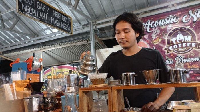 Kuliner Lampung, Menu Kopi dengan Proses Manual Brew Jadi Favorit di Warung Tom Coffee