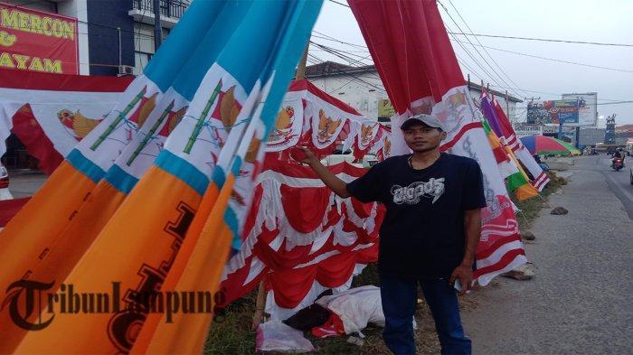 Jelang HUT Kemerdekaan RI, Penjual Bendera di Pringsewu Lampung Menjamur