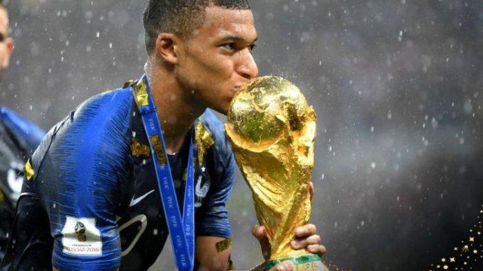 Kylian Mbappe Jadi Pemain Terbaik Piala Dunia 2018