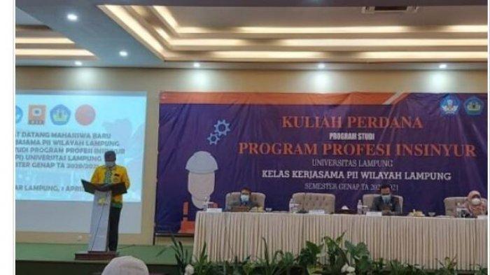 Kuliah Perdana Mahasiswa PSPII Unila Kelas Kerja Sama PII Lampung