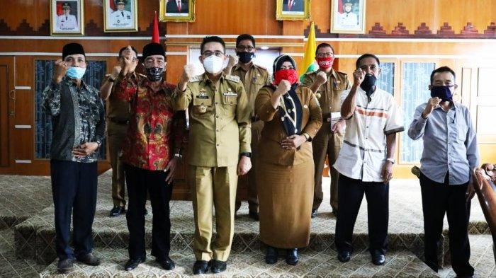 Bupati Lampung Timur Zaiful Bokhari Terima Audensi Tokoh Adat Kecamatan Jabung