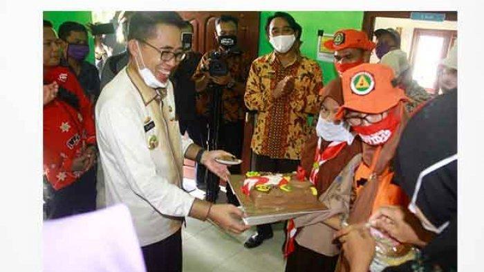 Bupati Lampung Timur Zaiful Bokhari Mendapat Kejutan dari Forkopimcam Braja Selebah
