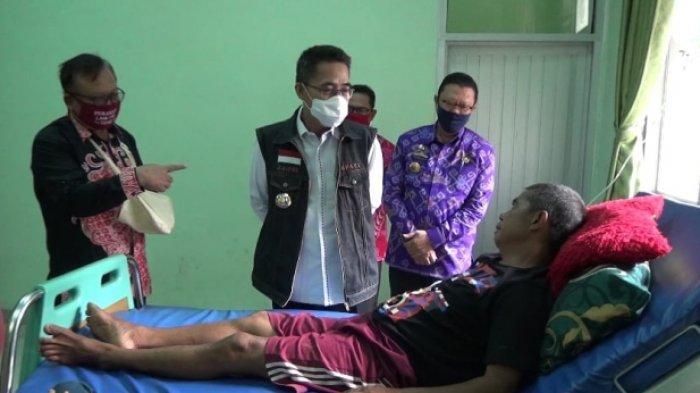 Pemkab Lampung Timur Berikan Mobil Puskesmas Keliling kepada Puskesmas Rawat Inap Kecamatan Jabung