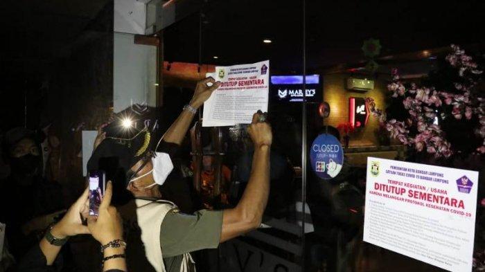 Langgar Protokol Kesehatan, Satgas Covid-19 Tutup Sementara Salah Satu Kafe di Bandar Lampung