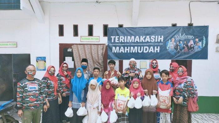 Laskar Merah Putih Lampung Mendonasikan Paket Sembako ke Panti Asuhan di Lampung