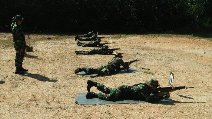 Asah Kemampuan Prajurit, Kodim 0427/Way Kanan Gelar Latihan Menembak