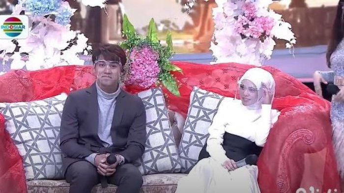 Lesti da Rizky Billar saat menjadi pasangan pengantin di LIDA 2021
