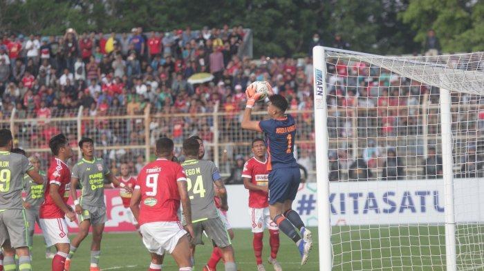 LINK LIVE STREAMING Borneo FC vs Badak Lampung 5 November 2019, Laskar Saburai Tertinggal 1-0