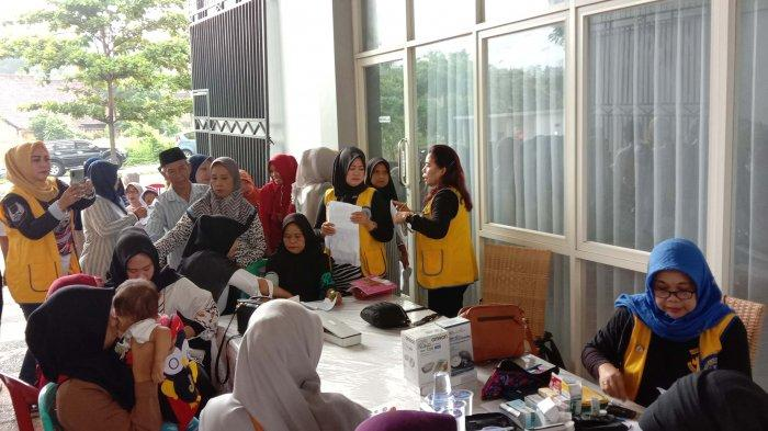Lions Club Bandar Lampung Gelar Baksos Pemeriksaan Kesehatan Gratis di Sumur Putri