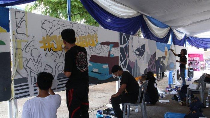 Cara Unik Edukasi Keselamatan Lalu Lintas Lewat Mural di Bandar Lampung