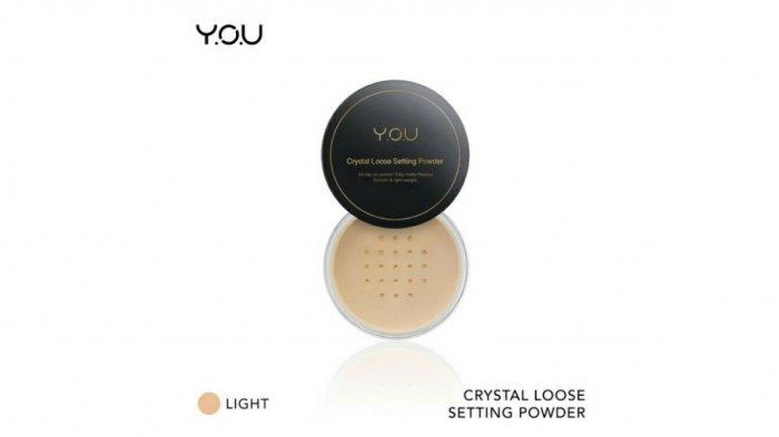 Ilustrasi YOU Crystal Loose Setting Powder. Simak keunggulan YOU Crystal Loose Setting Powder