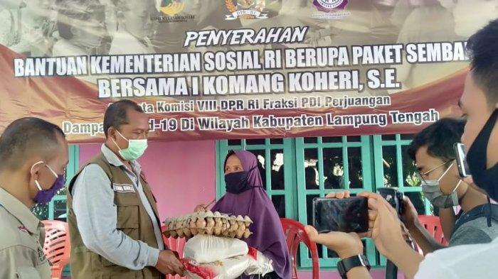 LPA Lampung Tengah Salurkan Bantuan Sembako dari Kemensos RI