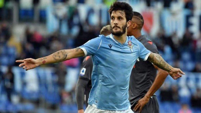 Pemain Lazio Luis Alberto mencetak gol pertama ke gawang Bologna dalam giornata ke-26 di Stadion Olimpico, Sabtu (29/2/2020) malam WIB. Biancoceleste menang dengan skor 2-0.