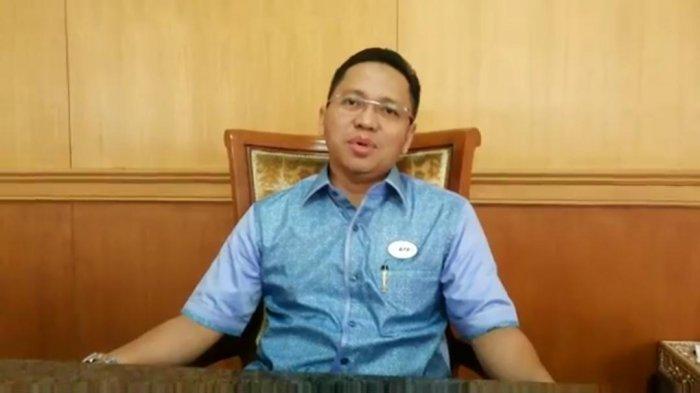 Rektor UBL Yusuf Sulfarano Salat Idul Fitri di Kampus