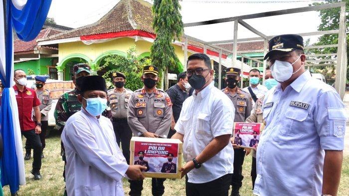 Mabes Polri Tinjau Vaksinasi Covid-19 di Lampung Tengah