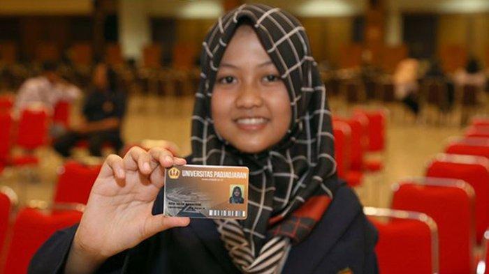 Kisah Gadis 15 Tahun Jadi Mahasiswi Termuda Fakultas Kedokteran Unpad