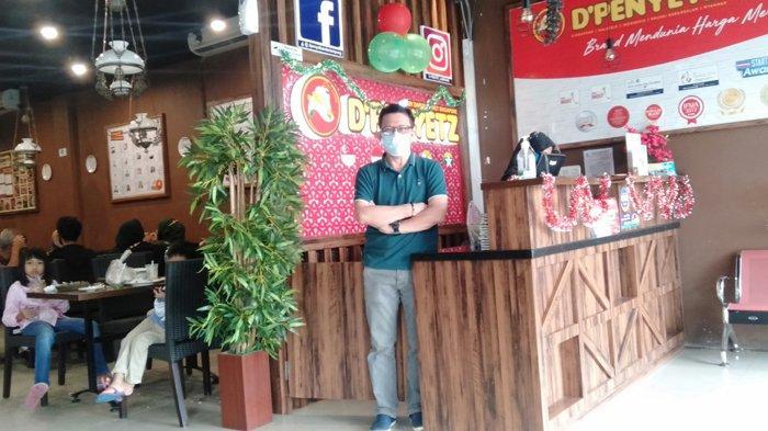 Makan Ayam Geprek di D'Penyetz & D'Cendol Lampung Cuma Rp 2 ribu
