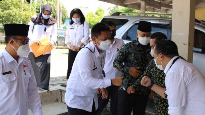 Sekretaris KPU Lampung Kunjungi KPU Way Kanan, Ingatkan Staf Pelajari PKPU