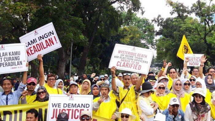 Massa Aksi Demo Atas Nama GNKR Mulai Berkumpul di Sekitar Gedung MK