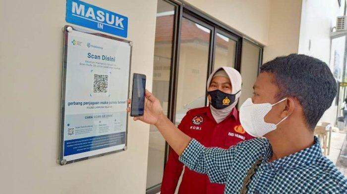 Masuk ke Mapolres Lampung Selatan Wajib Gunakan Aplikasi PeduliLindungi