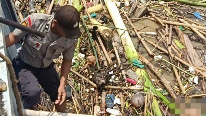 Dikira Boneka, Jenazah Bocah 12 Tahun Mengapung di Tumpukan Sampah Way Sekampung