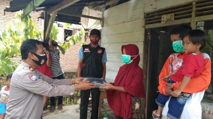 Dapat Bantuan, Mbah Darmi Korban Banjir Semaka Tak Perlu Lagi Menumpang di Rumah Tetangga