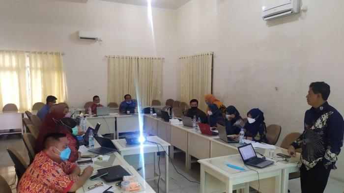 Beri Pendampingan Penyusunan Proposal di Bangka, Dosen UM Metro Achyani: 6 Proposal Siap Unggah